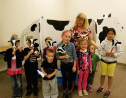 kids with cow