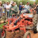 Electric cultivating tractor
